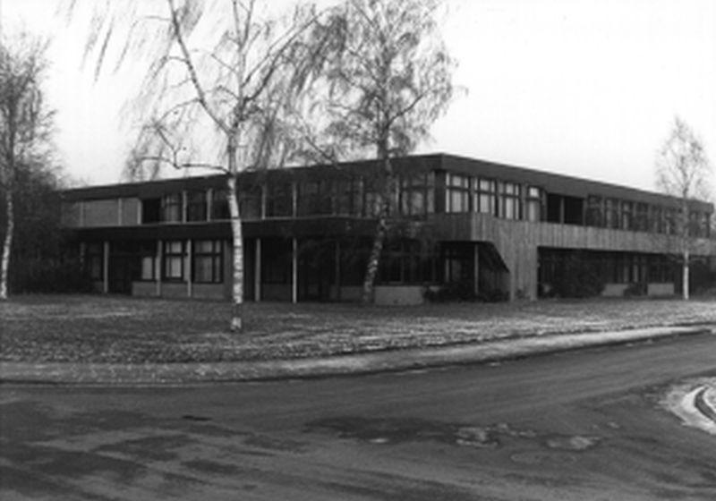 MAVO-school gezien vanuit de Hortensiaweg