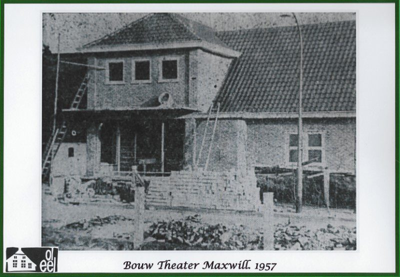 De bouw van het Maxwill Theater in 1957