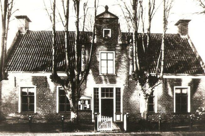 De Dorpskerk van Eelde in 2006
